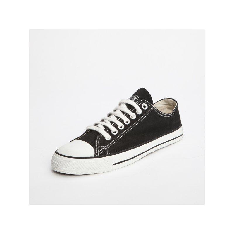 fair trade sneaker black white locut 34 90. Black Bedroom Furniture Sets. Home Design Ideas